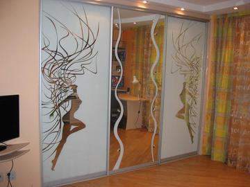 двери купе с зеркалом в СПб